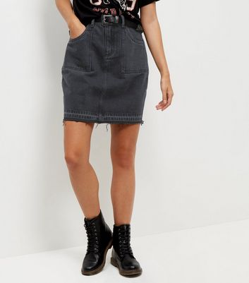 Anita and Green Black Fray Hem Denim Skirt