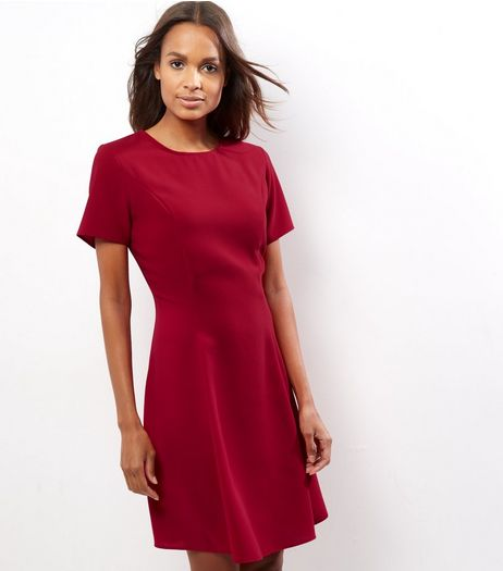 Red Short Sleeve Swing Dress | New Look