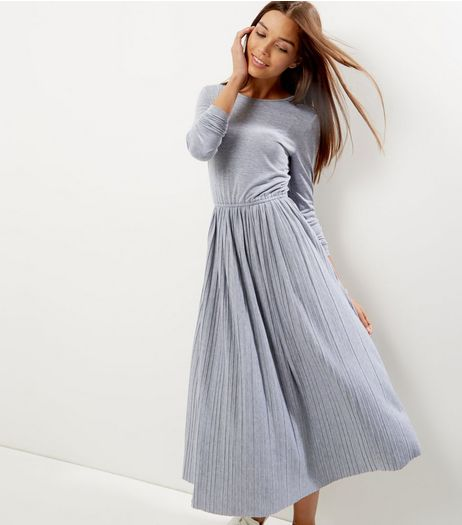 Grey Pleated Scoop Back Long Sleeve Swing Dress | New Look