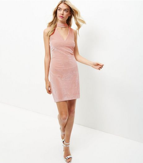 Shell Pink Velvet Choker Bodycon Dress | New Look