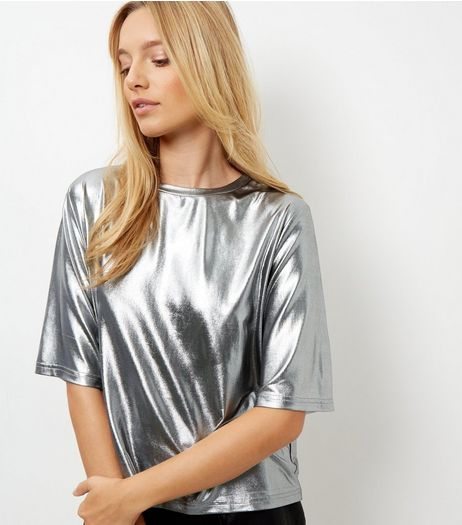 Cameo Rose Silver Metallic Boxy T-Shirt | New Look