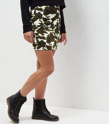 Green Camo Print Jacquard Textured Tube Skirt