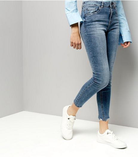 Blue Washed Fray Hem Skinny Jeans | New Look