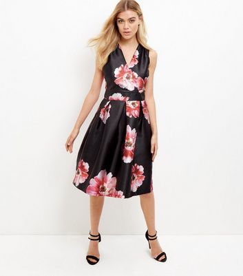 blue-vanilla-black-floral-print-pleated-dress