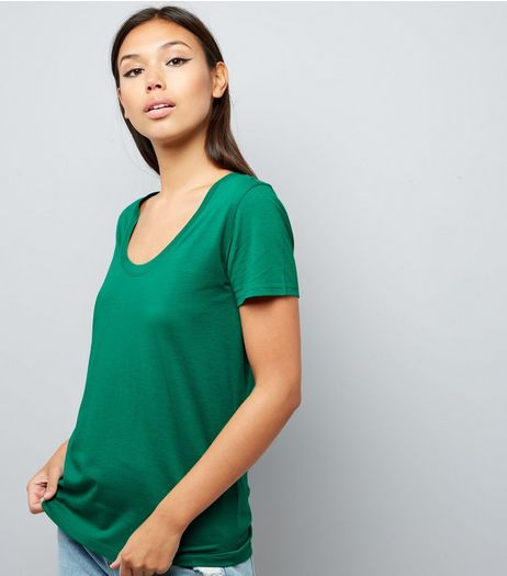 Green Scoop Neck Short Sleeve T-Shirt | New Look