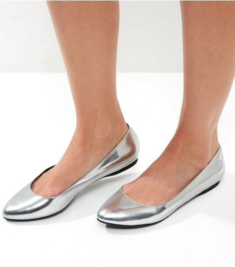 Silver Metallic Pointed Pumps | New Look