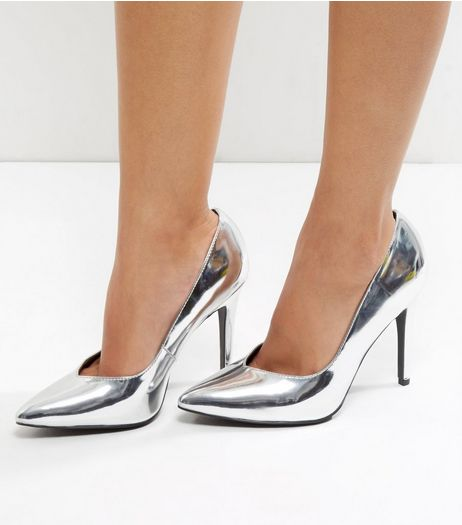 Wide Fit Silver Metallic V Throat Toe Court Shoes  | New Look