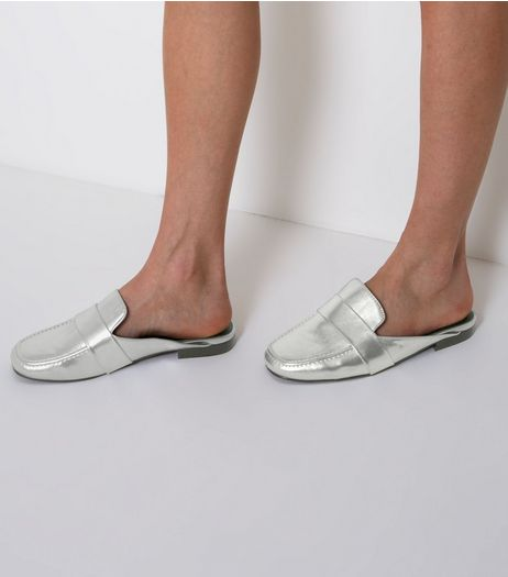 Wide Fit Silver Metallic Mule Loafers | New Look