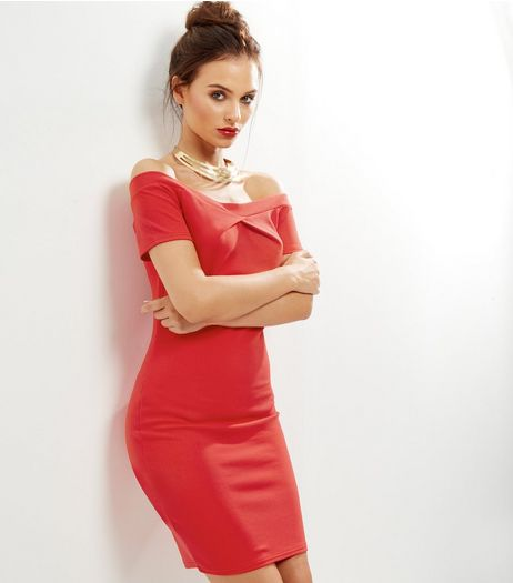 Cameo Rose Red Twist Front Bardot Neck Bodycon Dress | New Look
