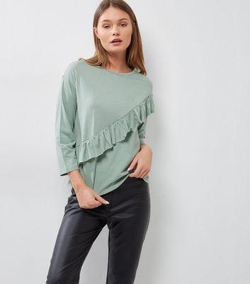 Green Diagonal Frill Trim 3/4 Sleeve T-Shirt