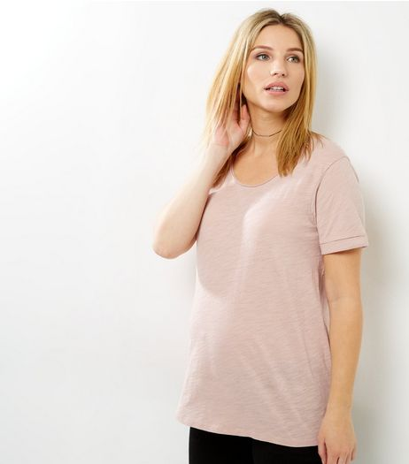 Maternity Pink Scoop Neck T-shirt | New Look