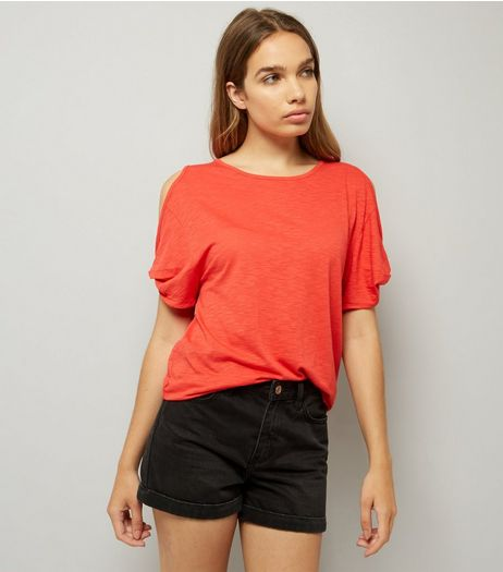 Red Twist Sleeve Cold Shoulder T-Shirt | New Look