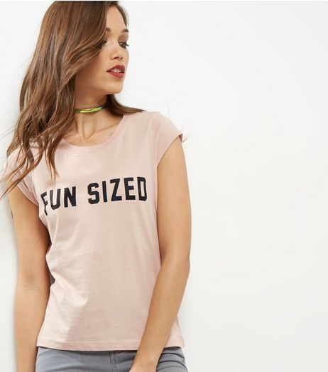 Petite Shell Pink Fun Sized Slogan T-shirt | New Look
