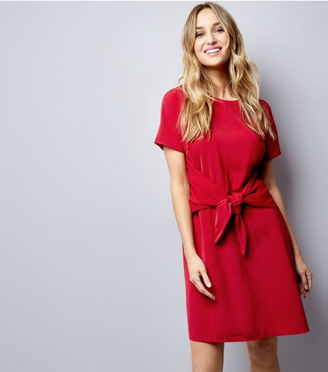 Red Tie Waist Short Sleeve A-Line Dress  | New Look