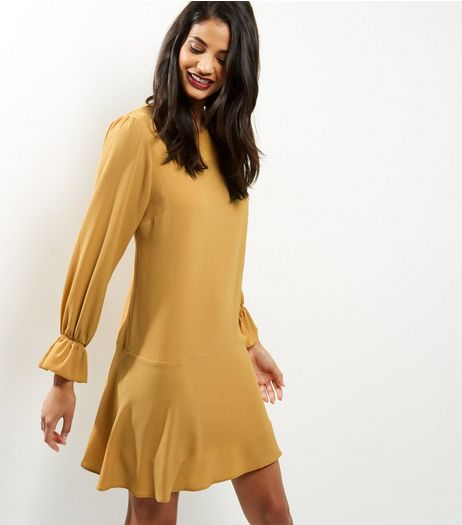Yellow Bell Sleeve Peplum Hem Dress | New Look