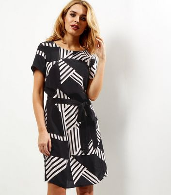 Black Contrast Stripe Belted Tunic Dress