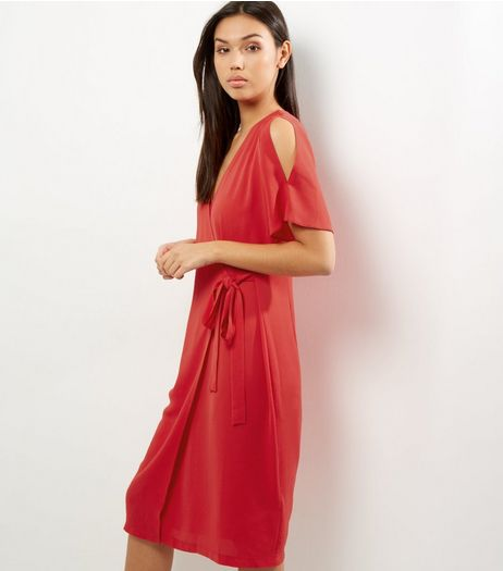 Red Short Sleeve Wrap Front Midi Dress | New Look