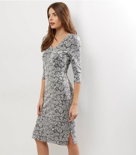 Mela Light Grey Leaf Embossed Midi Dress | New Look
