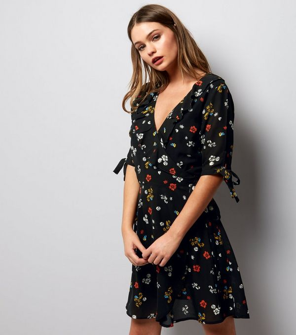 Floral Dresses  Flowery Daisy &amp Ditsy Dresses  New Look