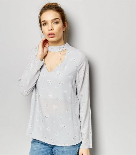 Light Grey Floral Choker Neck Long Sleeve Top | New Look