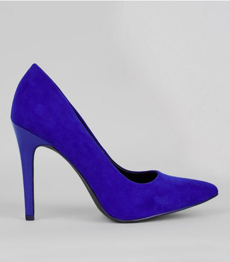 Wide Fit Navy Suedette Pointed Court Shoes | New Look