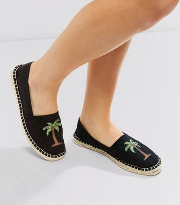 Black Palm Tree Embroidered Espadrilles