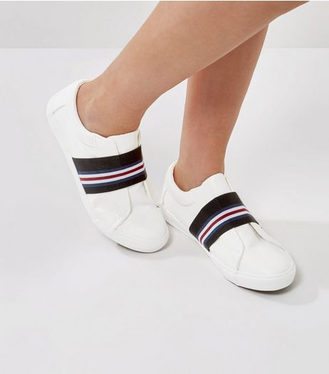 Wide Fit White Contrast Elasticated Strap Trainers | New Look