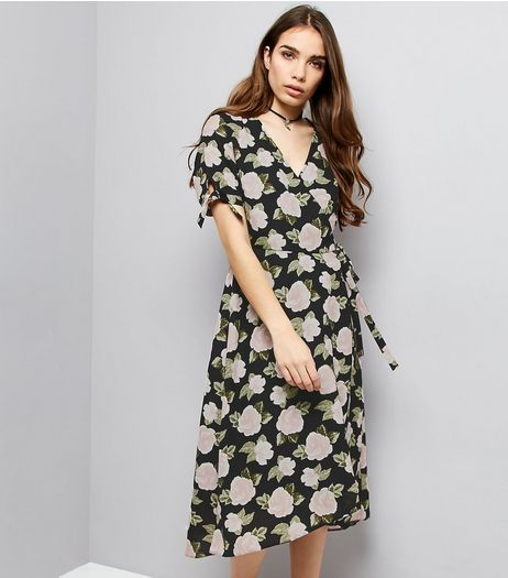 Light Grey Floral Print V Neck Maxi Dress  | New Look