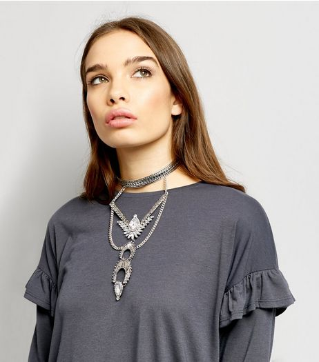 Silver Crescent Drop Statment Choker | New Look