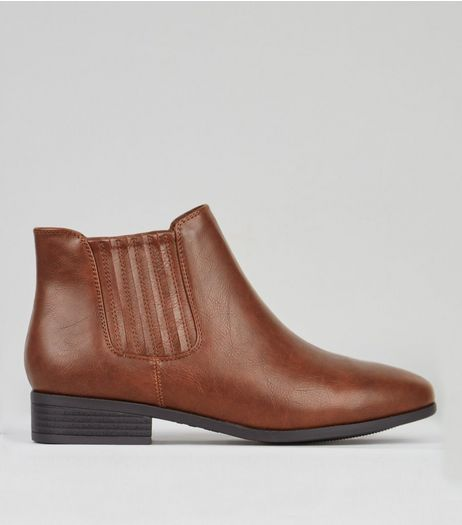Wide Fit Brown Chelsea Boots | New Look