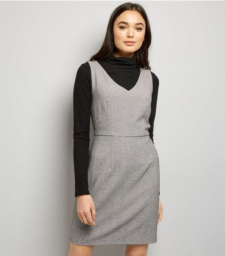 Light Grey V Neck Pencil Dress  | New Look