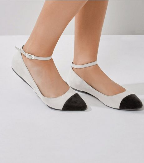 Wide Fit Grey Ankle Strap Contrast Toe Sandals  | New Look