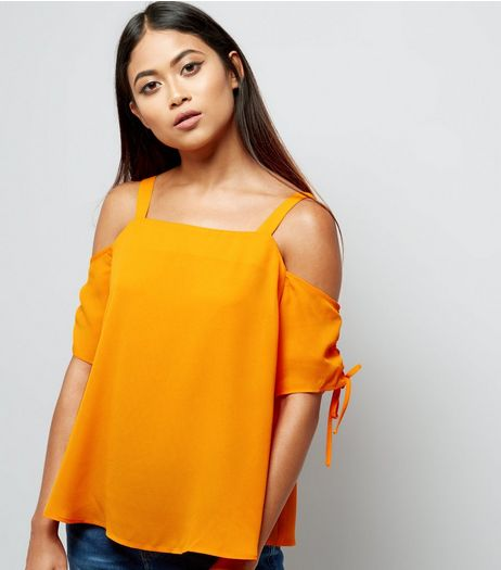 Petite Orange Ruched Sleeve Cold Shoulder Top | New Look