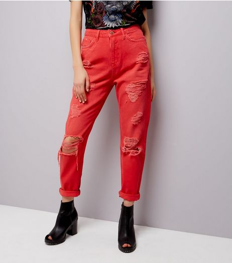 Red Ripped Tori Mom Jeans  | New Look