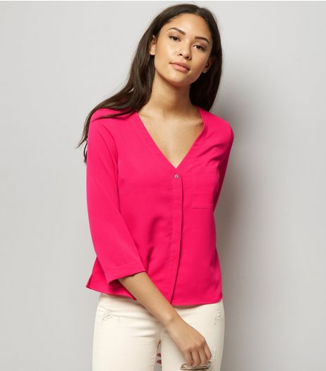 Bright Pink V Neck 3/4 Sleeve Cropped Shirt  | New Look