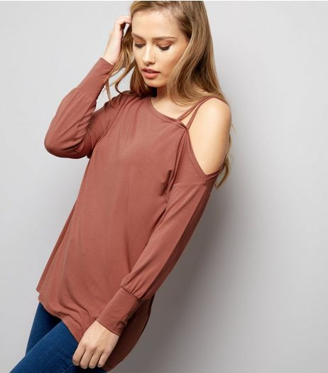 Deep Pink Off The Shoulder Jumper  | New Look