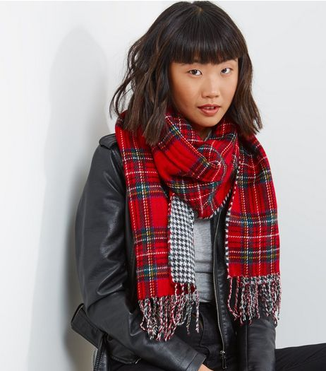 Red Contrast Check Tassel Scarf | New Look