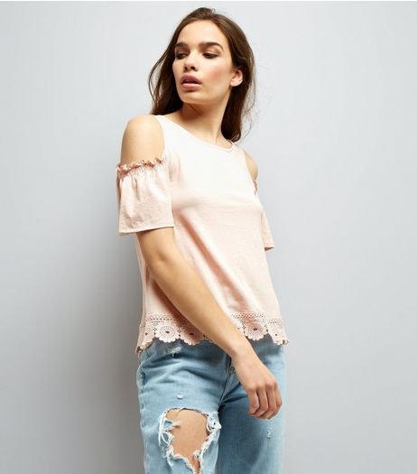 Pink Cut Out Floral Hem Cold Shoulder Top  | New Look