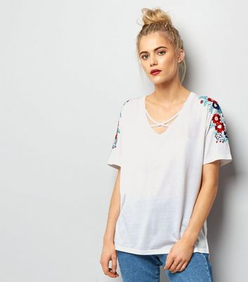 White Floral Embroidered Lattice Front T-Shirt