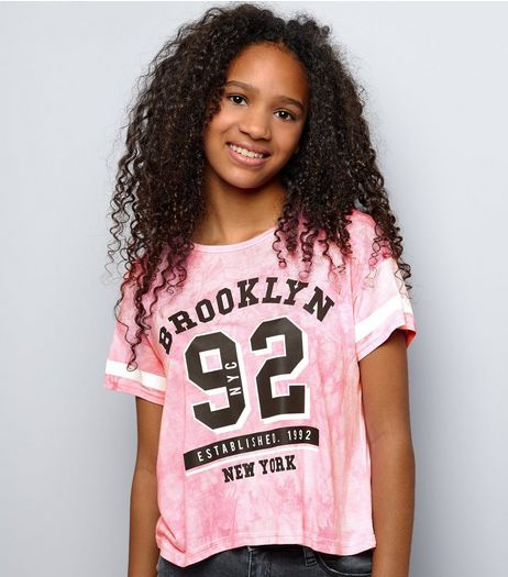 Teens Bright Pink Tie Dye Brooklyn 92 Cropped T-Shirt | New Look