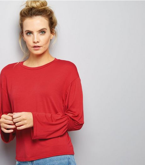 Petite Red Ruche Sleeve Top | New Look