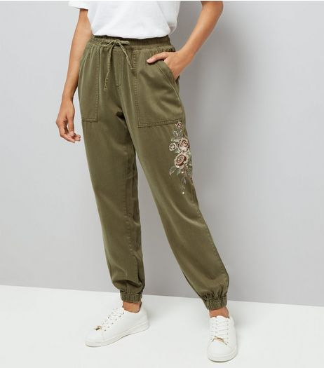 Petite Khaki Rose Embroidered Joggers | New Look