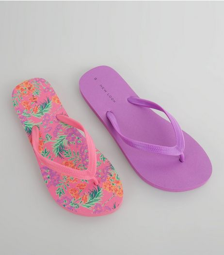 2 Pack Pink Flower Print Flip Flops | New Look