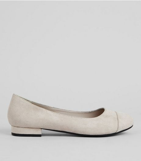 Wide Fit Grey Comfort Suedette Pumps | New Look