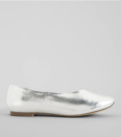 Wide Fit Silver Metallic Square Toe Pumps | New Look