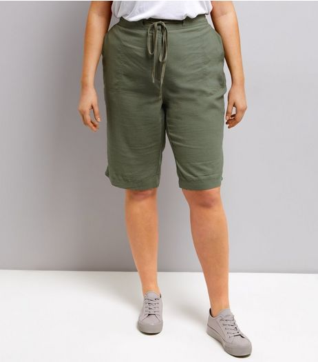 Curves Khaki Linen Blend Shorts | New Look