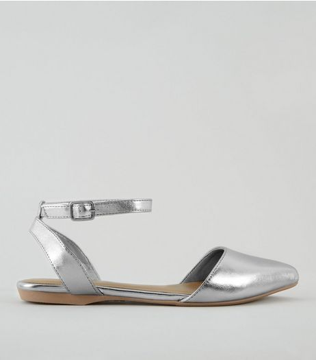 Teens Silver Metallic Pointed Pumps | New Look