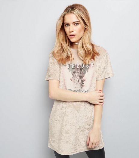 Shell Pink Velvet Rose Print Longline T-Shirt | New Look