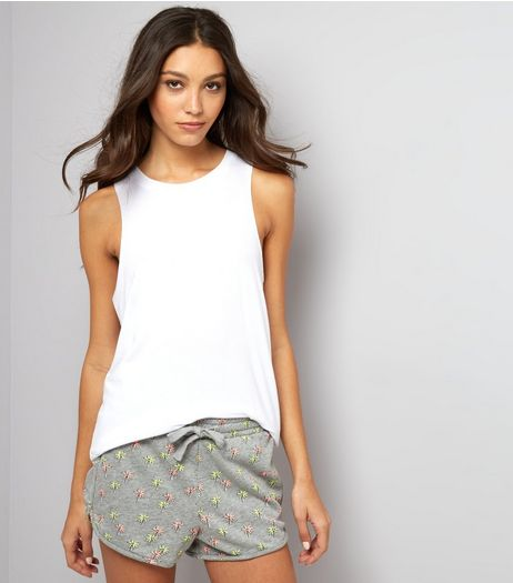 Light Grey Palm Tree Print Tie Waist Shorts  | New Look