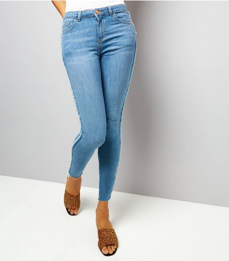 Petite Blue Fray Seam Skinny Jeans | New Look